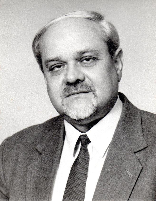Dr. Buchalla Botond