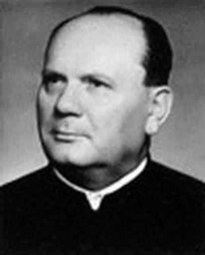 Dr. Gulyás István