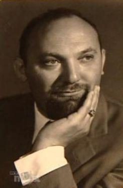 Udvaros Béla